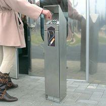 Cendrier sur pied / en acier inoxydable / d'extérieur / pour espace public