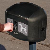 Distributeur de sacs pour excréments canins