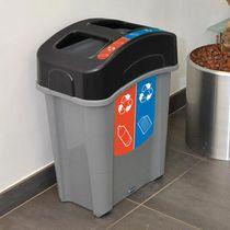 Poubelle publique / en plastique recyclé / de tri sélectif / contemporaine