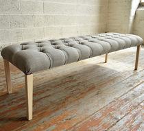 Banc de style / en bois / en tissu / tapissé
