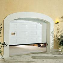 Portes de garage sectionnelles / en aluminium / automatiques