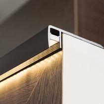Nez de marche en aluminium anodisé / avec profil éclairant à LED
