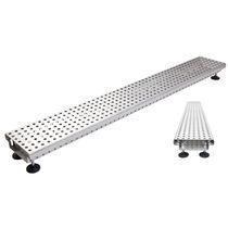 Caniveau de sol / en acier inox / avec grille / sur mesure