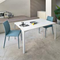 Table à manger contemporaine / en acier / rectangulaire / carrée