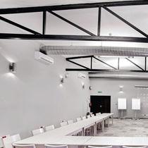 Applique murale contemporaine / en aluminium / à LED / halogène