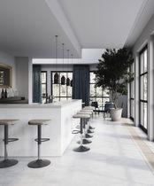 Tabouret de bar contemporain / en textile / en simili cuir / contract