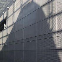 Bardage en aluminium / en acier / perforé / en panneaux