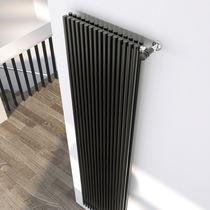 Radiateur à eau chaude / en acier / contemporain / à tube