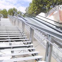 Garde-corps en inox / grillagé / d'extérieur / pour escalier