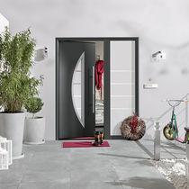 Porte d'entrée / battante / en acier / à isolation thermique