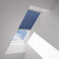 Stores plissés / en tissu / pour fenêtres de toits / occultants