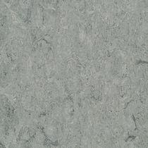 Revêtement de sol en linoléum / professionnel / en rouleau / mat
