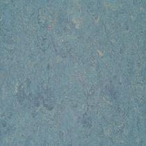 Revêtement de sol en linoléum / professionnel / lisse / aspect béton coloré