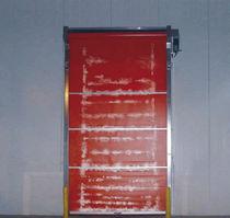 Porte industrielle enroulable / en PVC / automatique / résistante au vent