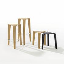 Tabouret de bar contemporain / en chêne / contreplaqué / en bois courbé
