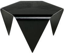 Table basse contemporaine / en noyer / en bois laqué / en bouleau