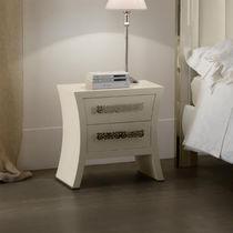 table de chevet classique en bois rectangulaire