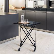 Table d'appoint contemporaine / en cristal / en acier / en HPL