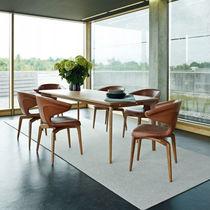 Chaise de conférence en tissu / en bois massif / en polyuréthane / en cuir