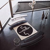 Canapé contemporain / en acier / en hêtre / en cuir
