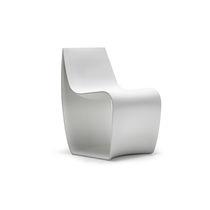 Chaise contemporaine / en polyéthylène rotomoulé / contract / pour établissement public