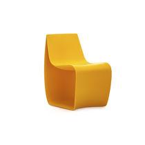 Chaise contemporaine / pour enfant / en polyéthylène rotomoulé / contract