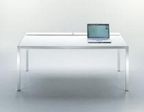 Bureau en aluminium / en verre trempé / contemporain / à usage professionnel