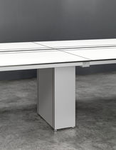 Table de réunion contemporaine / en verre / en stratifié / rectangulaire