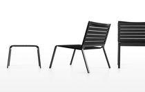 Fauteuil design minimaliste / en aluminium / empilable / de jardin