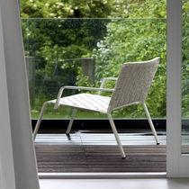 Fauteuil design minimaliste / en aluminium / en polyester / de jardin
