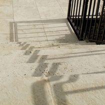 Carrelage d'extérieur / pour sol / en travertin / vieilli