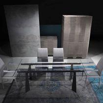 Table contemporaine / en verre / rectangulaire / à rallonge
