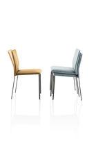Chaise contemporaine / empilable / tapissée / en acier