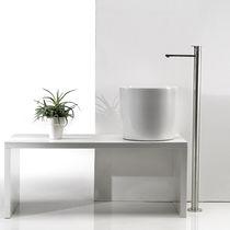 Vasque à poser / ronde / en céramique / contemporaine