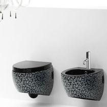 Toilettes suspendue / en céramique