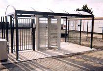 Abri multi-fonctions pour espace public