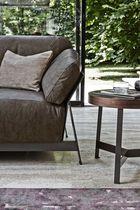 Table d'appoint contemporaine / en bois / en marbre / ronde