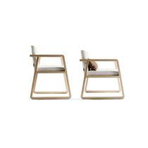 Chaise contemporaine / avec accoudoirs / luge / avec repose-pieds