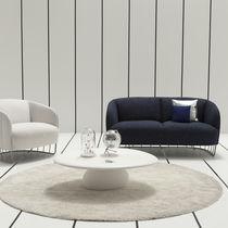 Table basse design organique / en bois / en pierre / en résine
