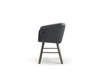 Chaise de salle à manger contemporaine / avec accoudoirs / en tissu / en frêne