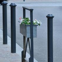 Barrière de protection / fixe / en métal / pour espace public