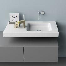 Vasque suspendue / rectangulaire / en Solid Surface / contemporaine