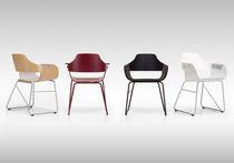 Chaise contemporaine / avec accoudoirs / tapissée / luge