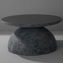 Table basse contemporaine / en fibre de verre / ronde