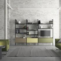 Étagère contemporaine / en bois / en métal / en verre