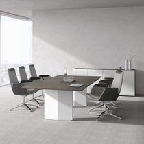 Table de réunion contemporaine / en plaqué bois / en stratifié / rectangulaire