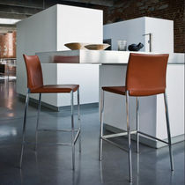 Chaise de bar contemporaine / avec repose-pieds / avec revêtement amovible / en tissu