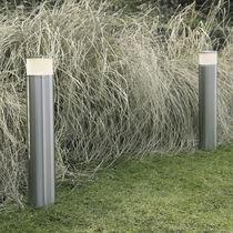 Borne d'éclairage de jardin / contemporaine / en acier inoxydable / en verre dépoli