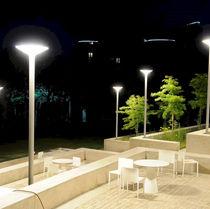 Lampadaire urbain / contemporain / en verre / en aluminium