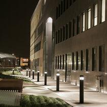 Borne d'éclairage urbaine / contemporaine / en aluminium / à LED